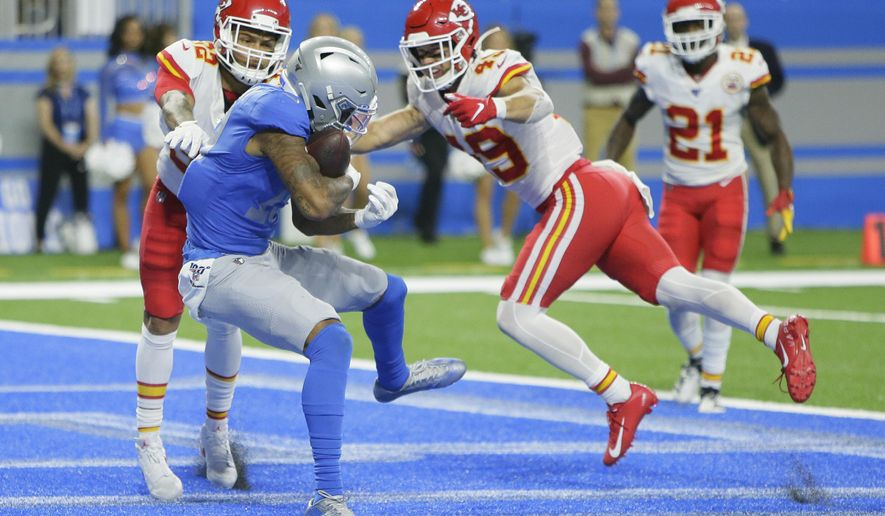Detroit Lions wide receiver Kenny Golladay (19) catches a 9-yard pass for a touchdown during the second half of an NFL football game against the Kansas City Chiefs, Sunday, Sept. 29, 2019, in Detroit. (AP Photo/Duane Burleson)