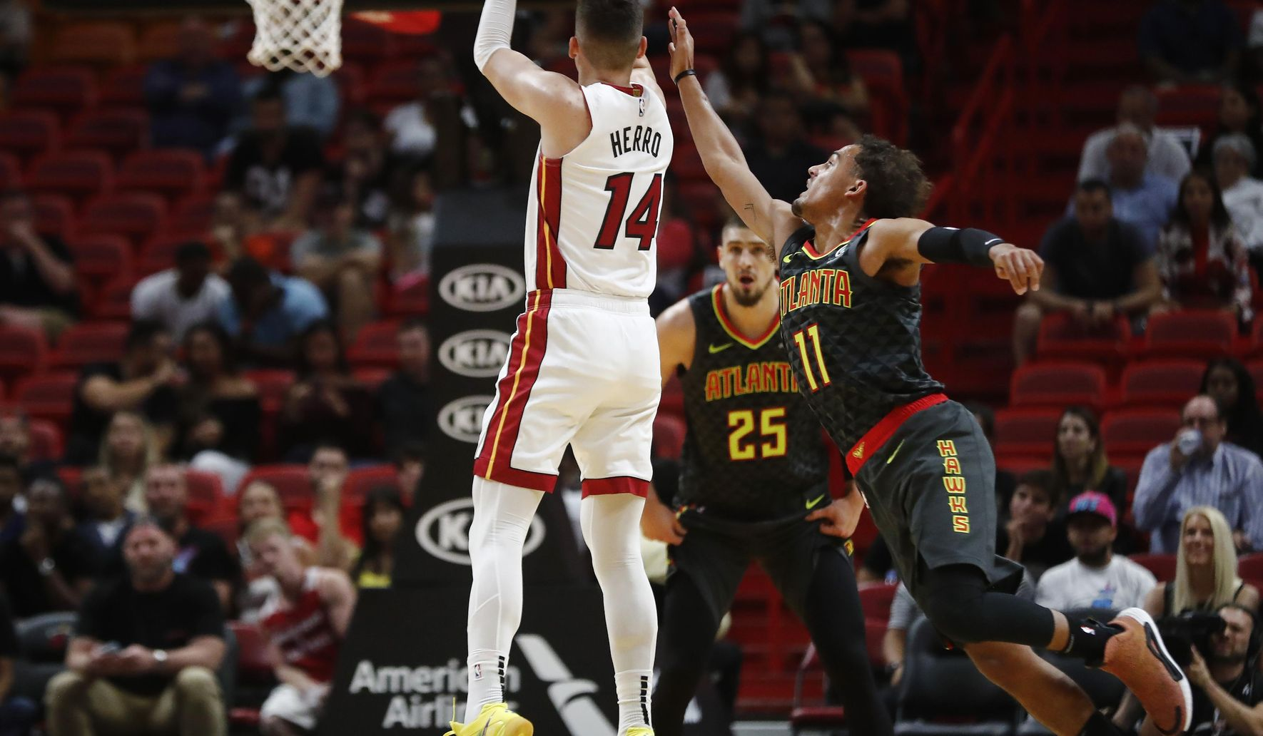 Hawks_heat_basketball_56472_c0-472-4203-2922_s1770x1032