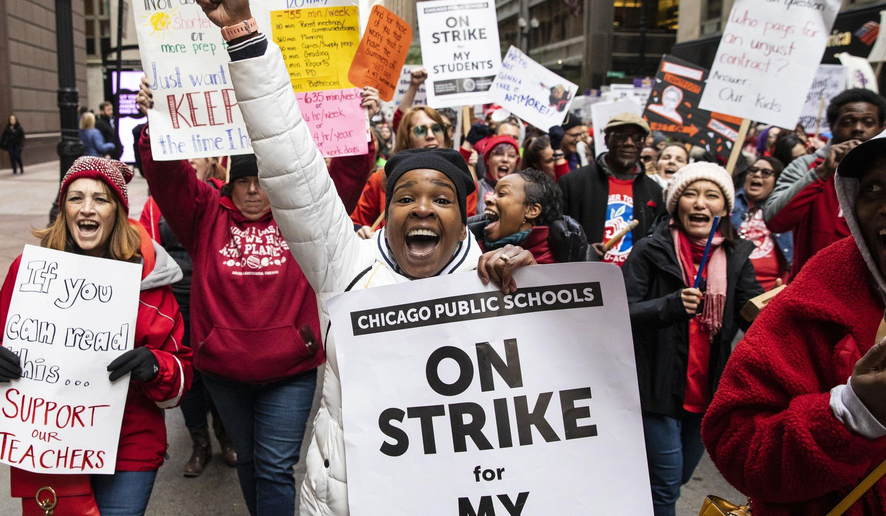 Chicago teachers go on strike, canceling classes for over 360k student