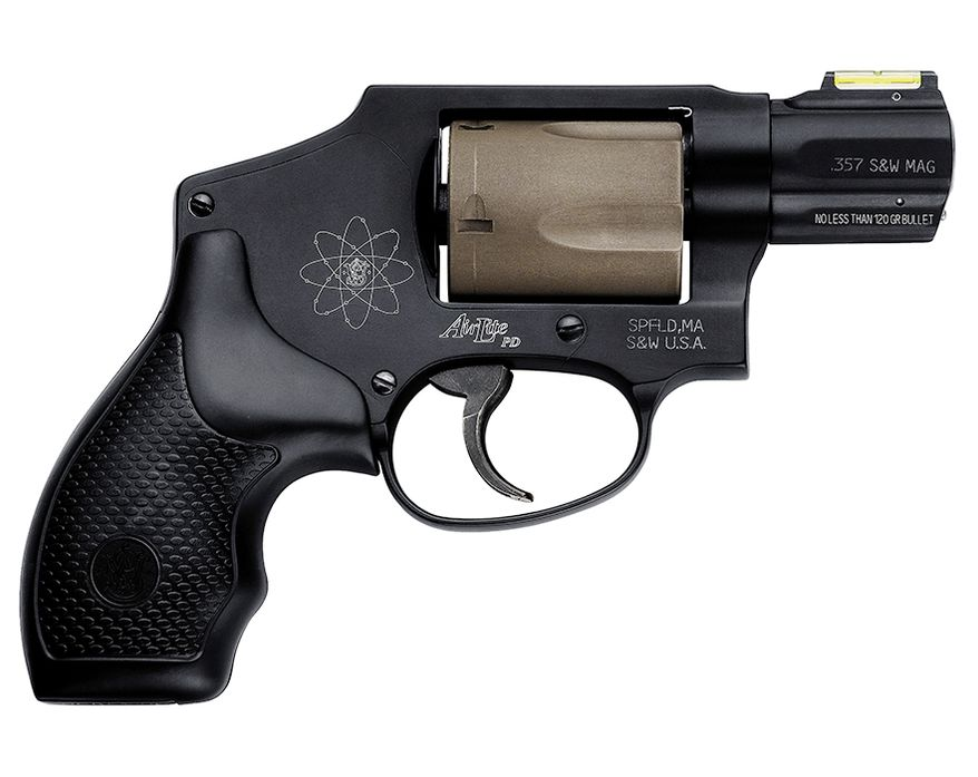 Smith & Wesson Model 340 PD is a variation of the Model 40 Centennial AirLite that integrates the time-tested features of the original with modern advancements including HI-VIZ Fiber Optic Green front sights.  This revolver is a favored back-up and concealed carry firearm due to its lightweight, enclosed hammer, and reliability.