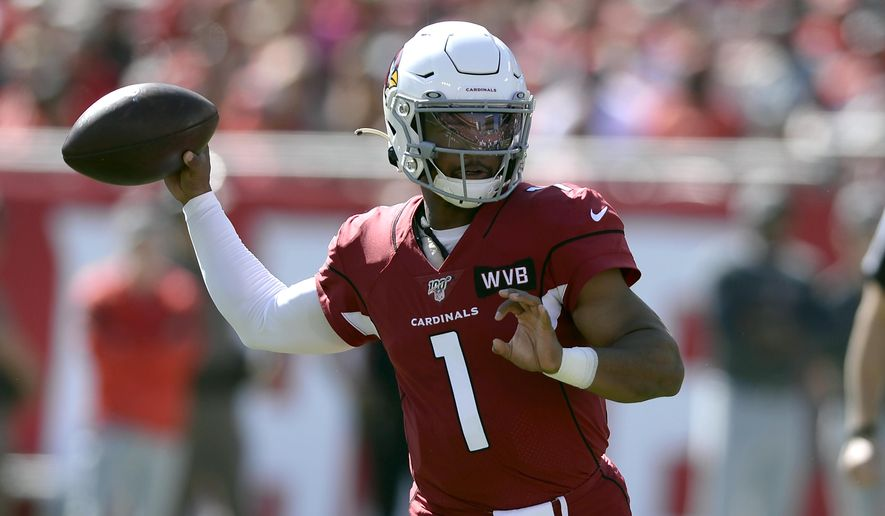 Arizona Cardinals quarterback Kyler Murray (1) throws a pass against the Tampa Bay Buccaneers during the first half of an NFL football game Sunday, Nov. 10, 2019, in Tampa, Fla. (AP Photo/Jason Behnken)