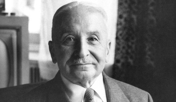 Ludwig von Mises (Courtesy Ludwig von Mises Institute) [CC BY-SA 3.0 (http://creativecommons.org/licenses/by-sa/3.0/)]