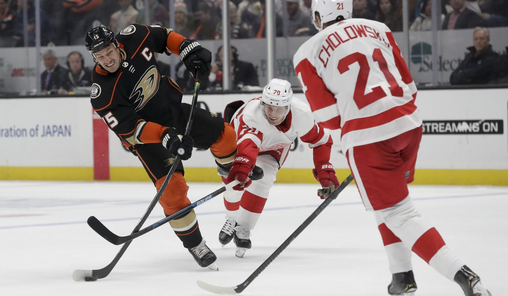 Red_wings_ducks_hockey_91079_c0-160-3823-2389_s1770x1032