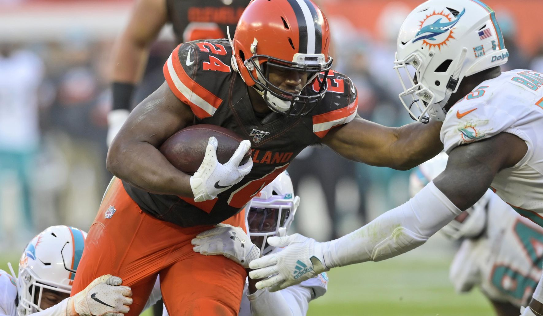 Dolphins_browns_football_71531_c0-141-3365-2102_s1770x1032