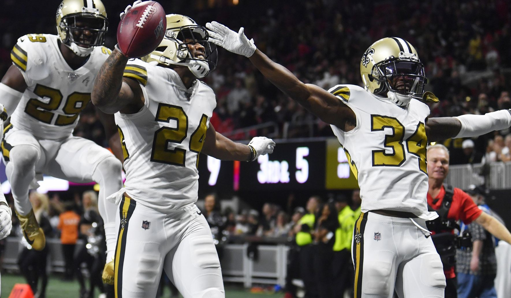 Saints_falcons_football_83281_c0-170-4077-2547_s1770x1032