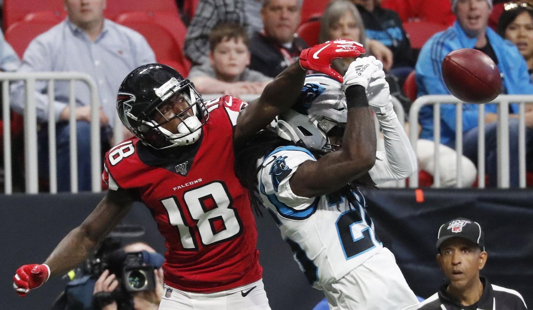 Panthers_falcons_football_88309_c0-88-2112-1319_s1770x1032