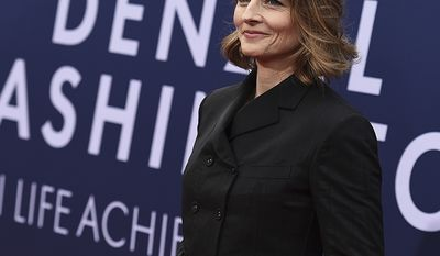 Jodie Foster graduated from Yale with a degree in English in 1985