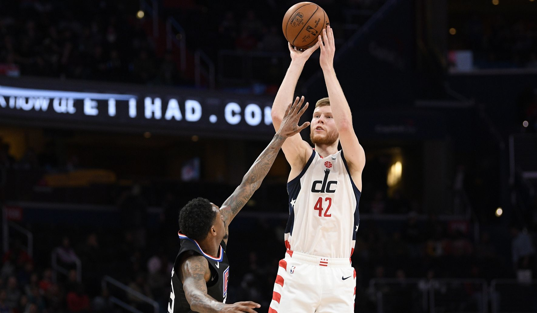 Bertans' career night not enough for Wizards to beat Hornets