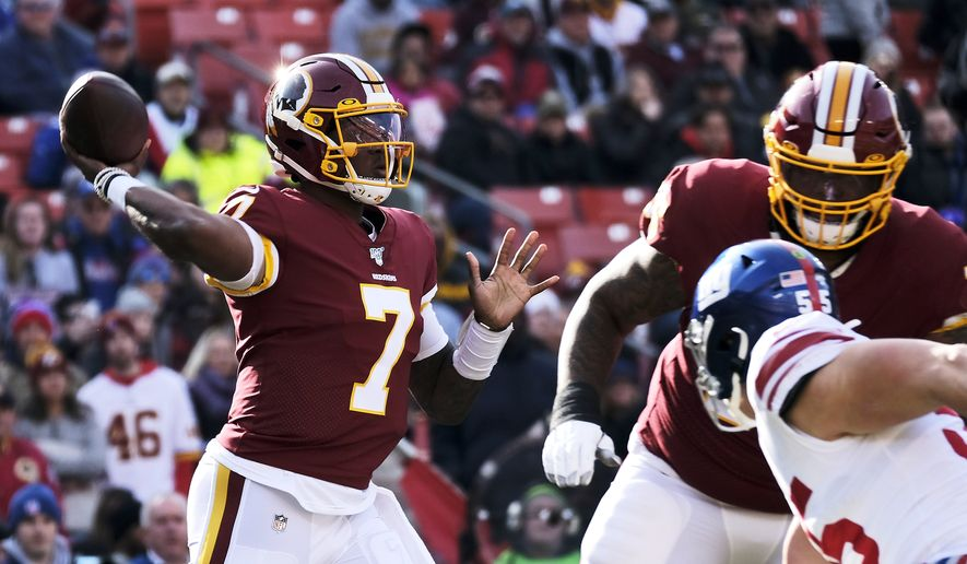 Washington Redskins quarterback Dwayne Haskins (7) throws a pass during an NFL football game against the New York Giants, Sunday, Dec. 22, 2019, in Landover, Md. (AP Photo/Mark Tenally) ** FILE **