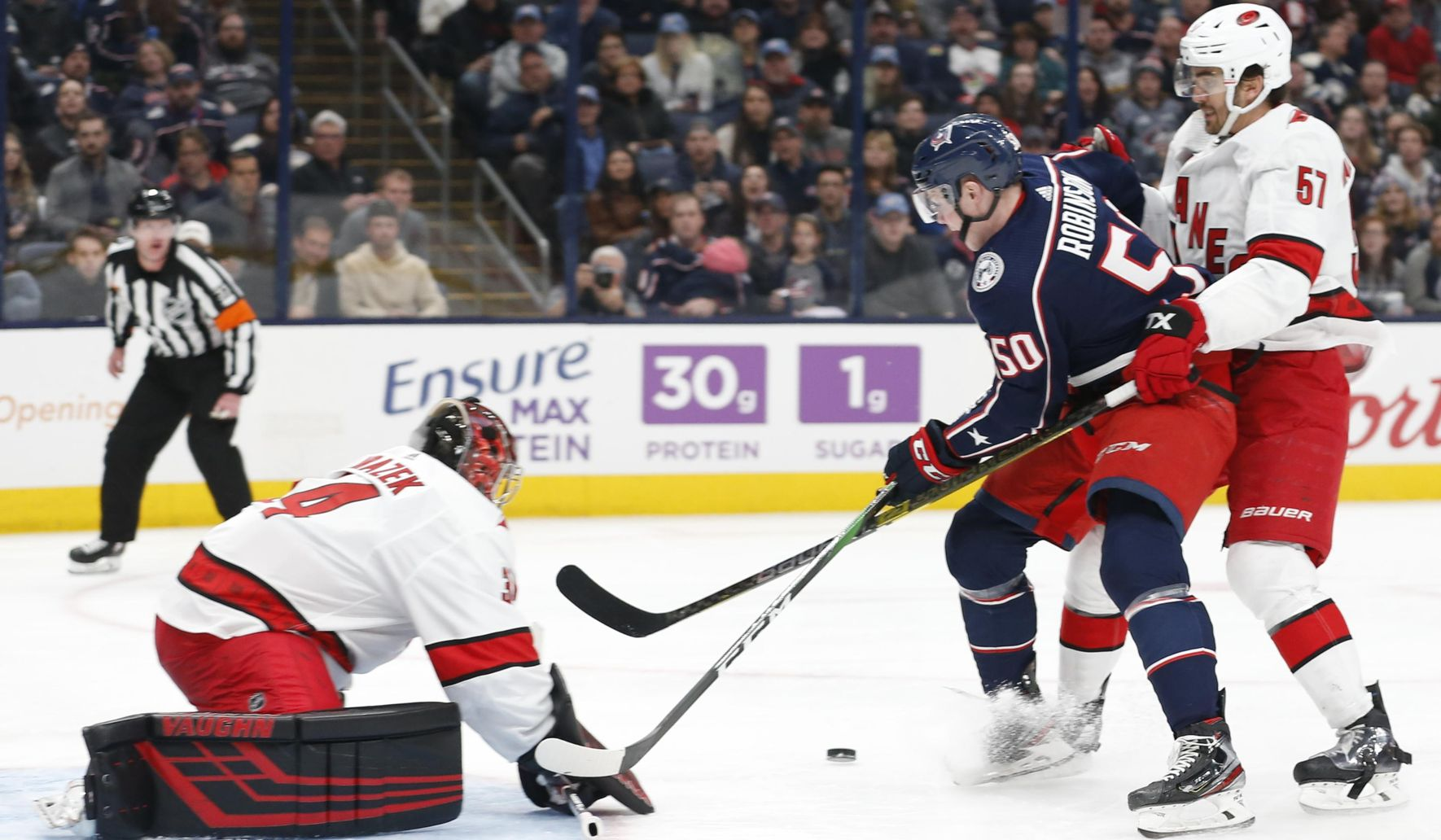 Hurricanes_blue_jackets_hockey_68314_c0-51-3325-1989_s1770x1032