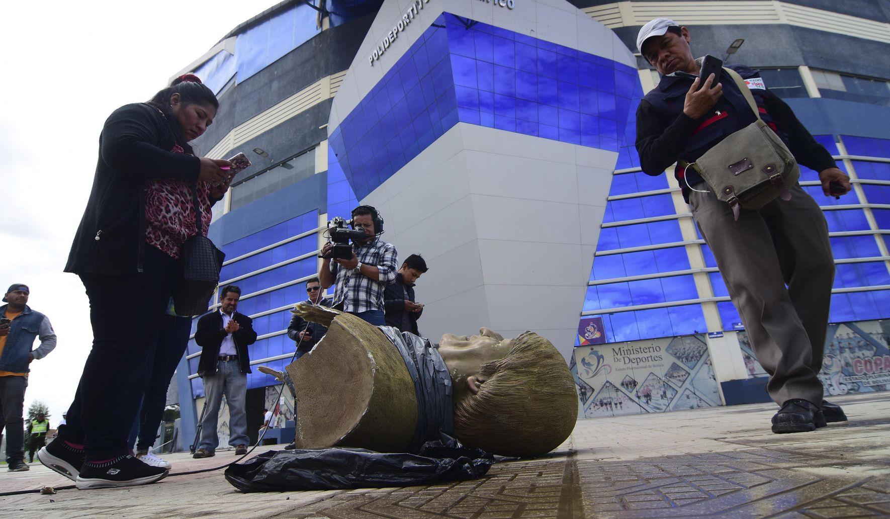 Bolivia_erasing_evo_27712_c0-189-4496-2810_s1770x1032