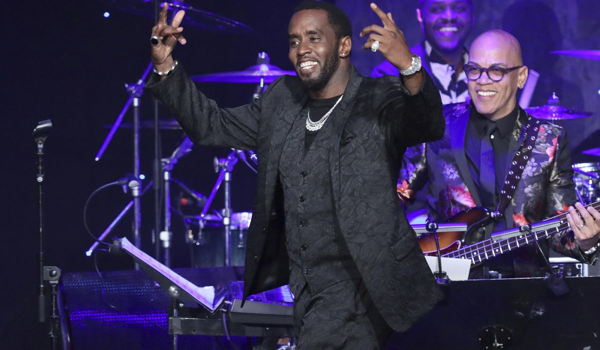 Sean 'Diddy' Combs rips Grammys in Clive Davis gala speech
