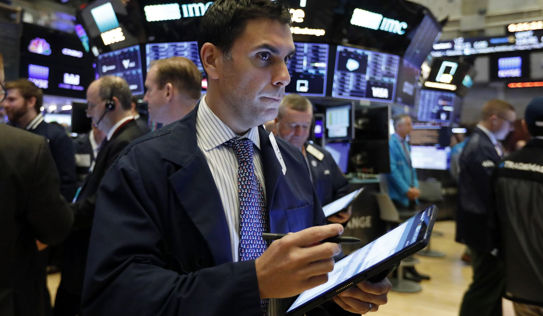 Image of article 'Solid earnings send stock indexes higher on Wall Street'