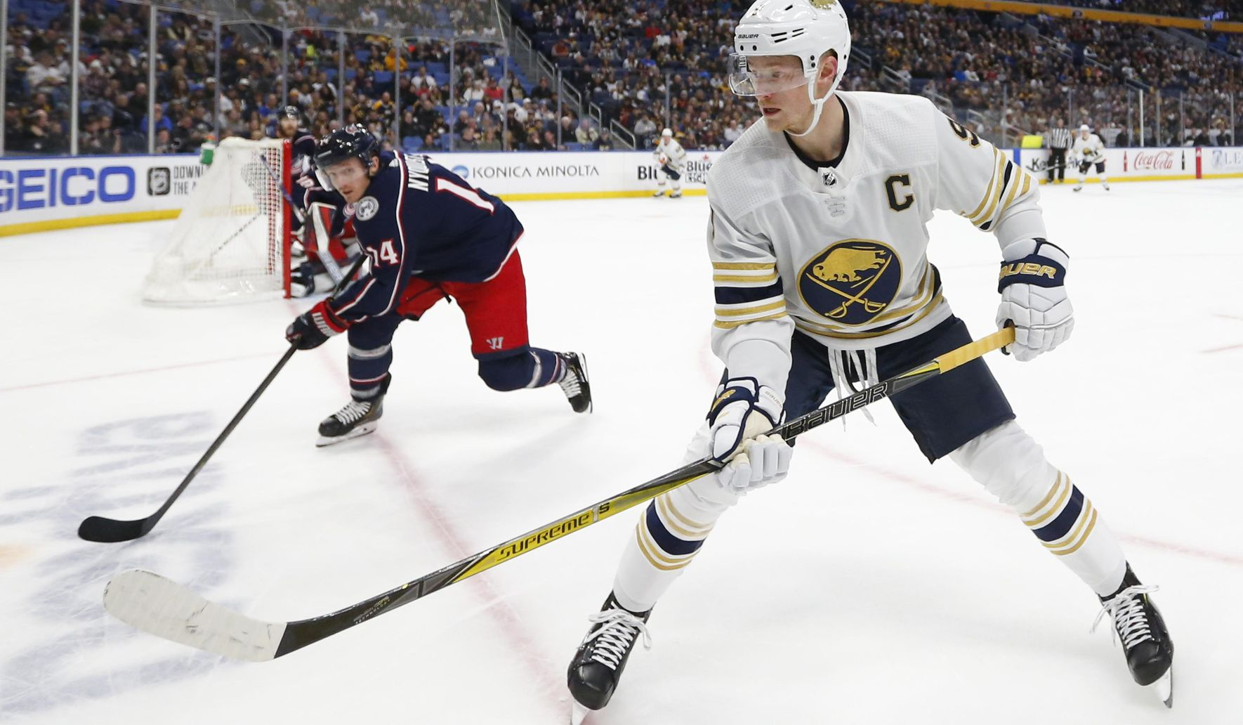 Blue_jackets_sabres_hockey_53830_c0-151-3600-2249_s1770x1032