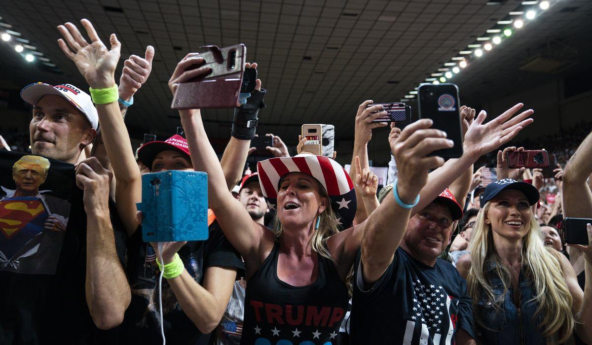 Trump: GOP 'warriors' Martha McSally, Doug Ducey will keep Arizona red