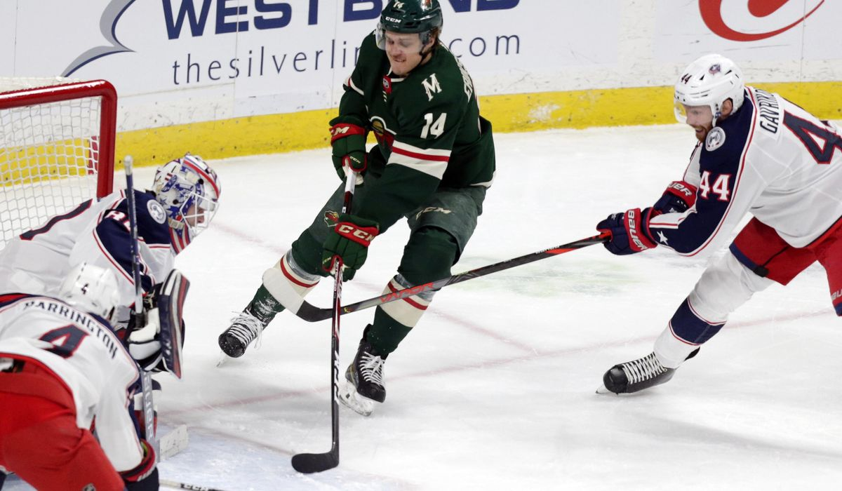 Blue_jackets_wild_hockey_81999_c0-139-3317-2073_s1200x700
