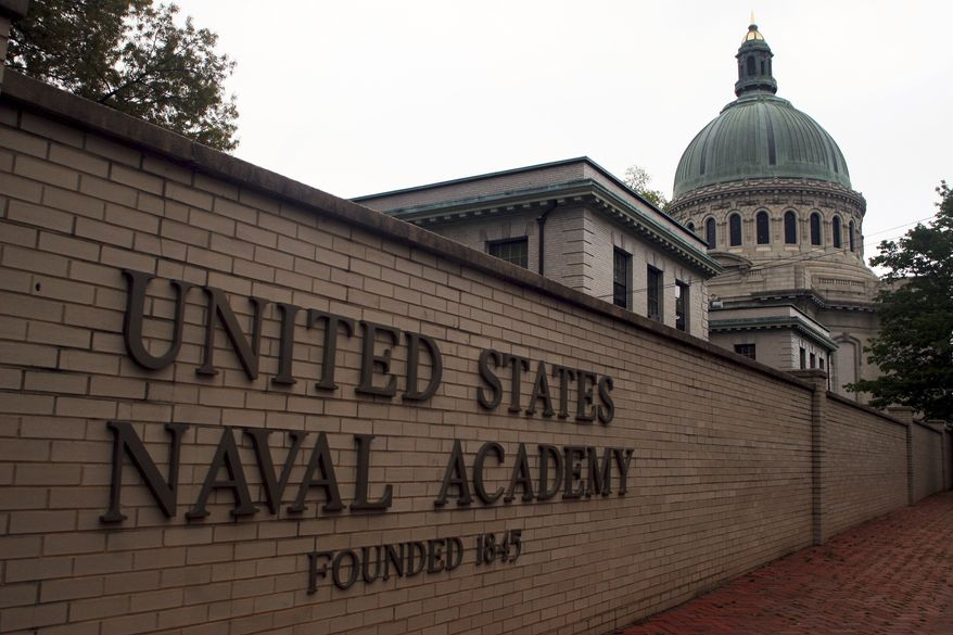 This May 10, 2007, photo shows the U.S. Naval Academy in Annapolis, Md. In the fall semester for the 2020-2021 academic year, the USNA has an agreement with neighboring St. John's College to put up some midshipmen in the dormitories on the St. John's campus. St. John's College students will not be on campus in the fall as a measure to prevent coronavirus transmission. (AP Photo/Kathleen Lange) **FILE**