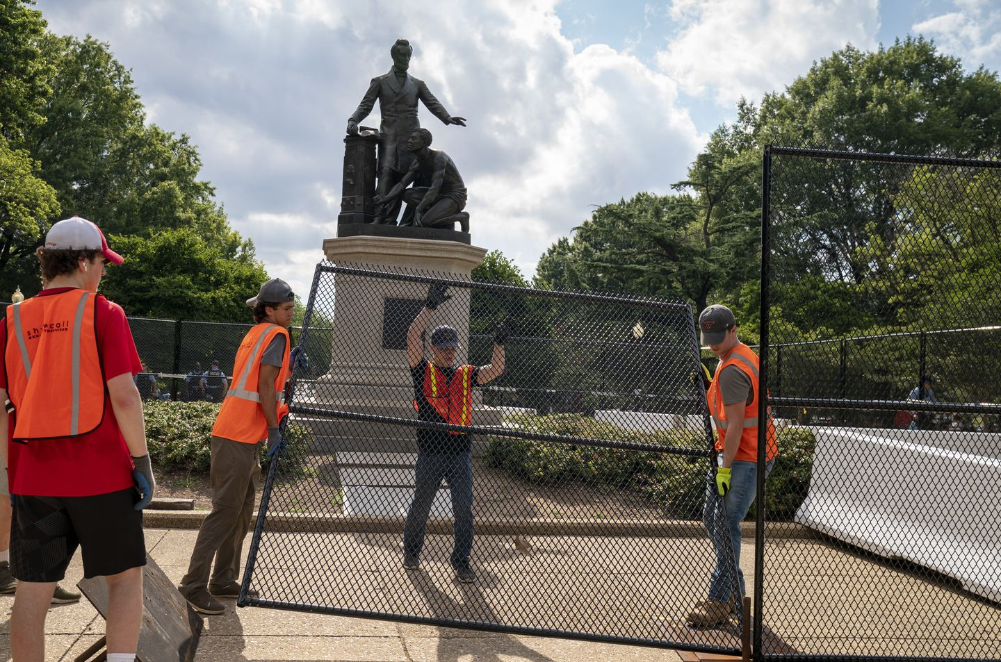 Don't move the Lincoln emancipation statue or the others