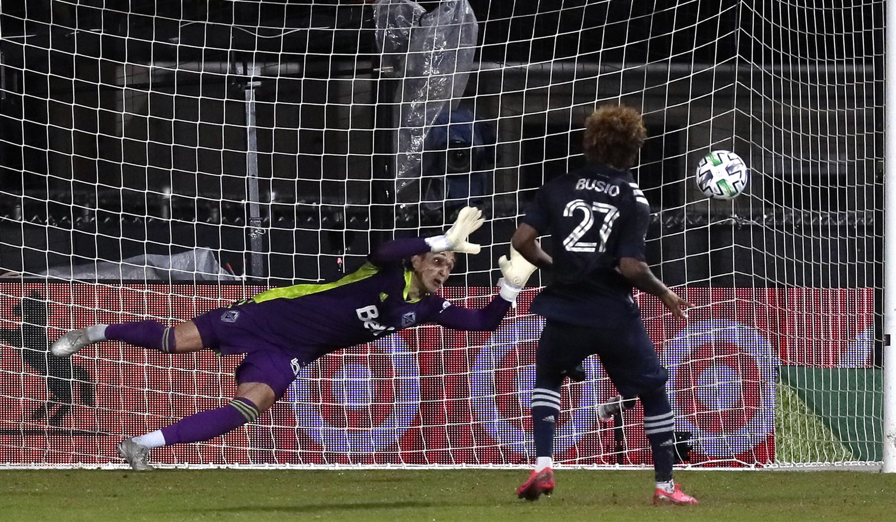 Mls_sporting_kc_whitecaps_soccer_03569_c0-174-4154-2595_s1770x1032