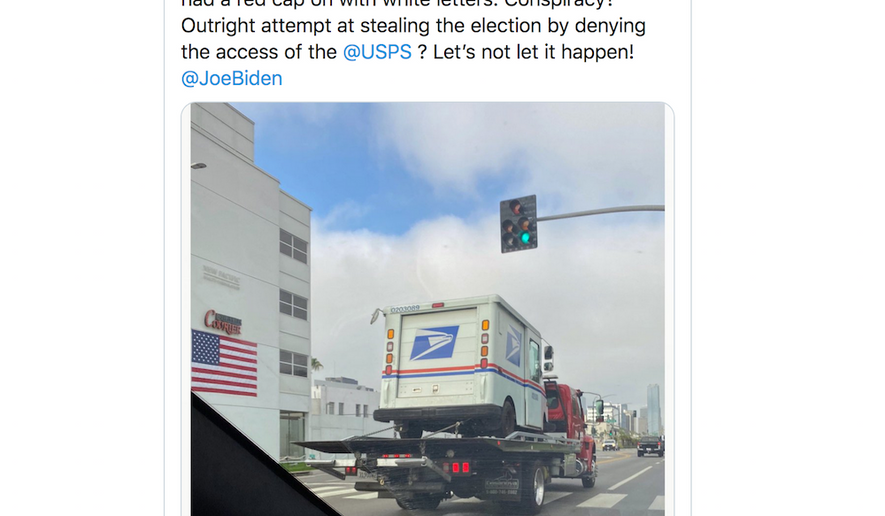 Actress Jamie Lee Curtis warns her Twitter followers that President Trump's supporters may steal mail trucks in an effort to sway the 2020 presidential election, Aug. 11, 2020. (Image: Twitter, Jamie Lee Curtis)