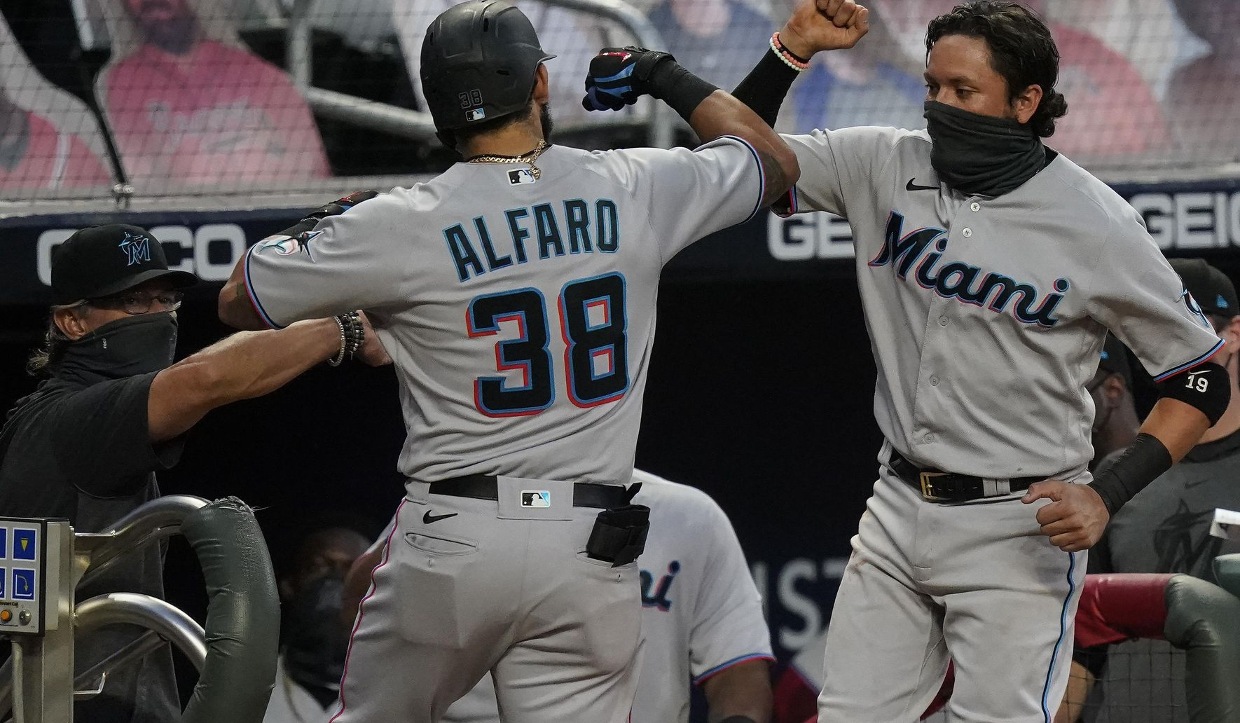 Marlins_braves_baseball_85015_c0-140-3350-2093_s1770x1032