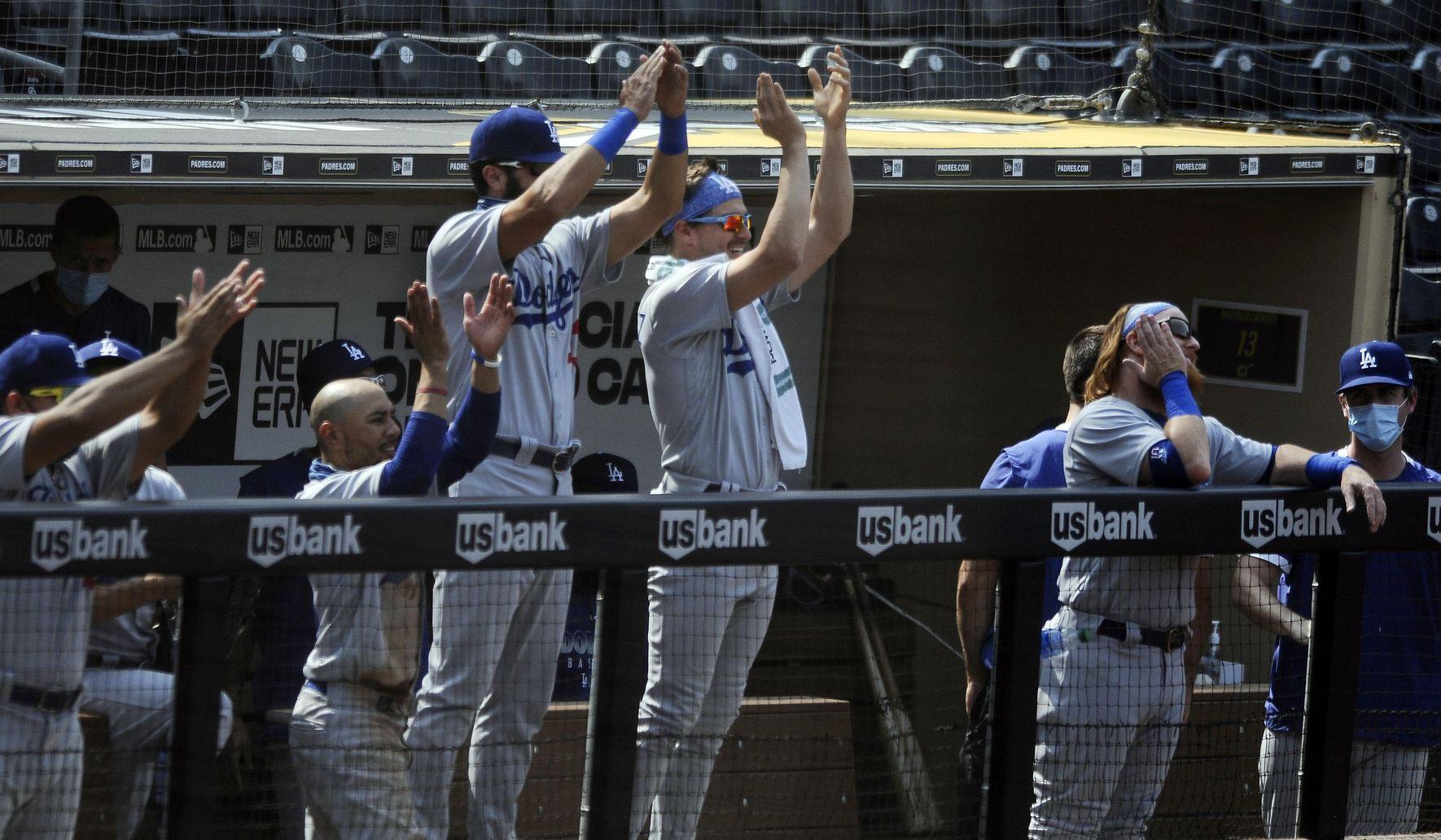 Dodgers_padres_baseball_54110_c0-167-4002-2500_s1770x1032