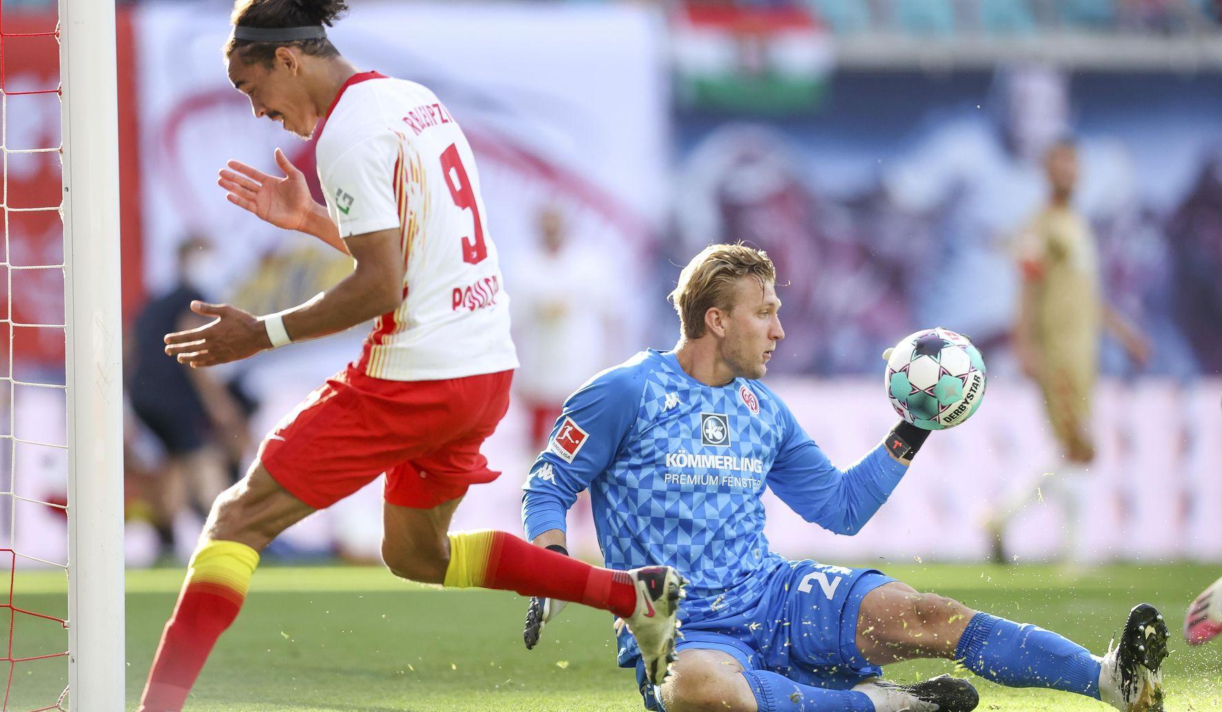 Germany_soccer_bundesliga_92235_c0-254-5103-3229_s1770x1032