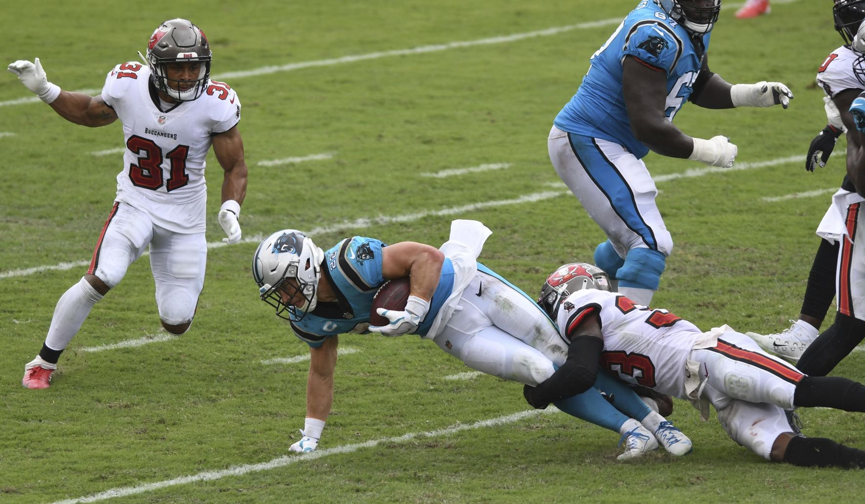 Panthers_buccaneers_football_98521_c0-0-2943-1716_s1770x1032