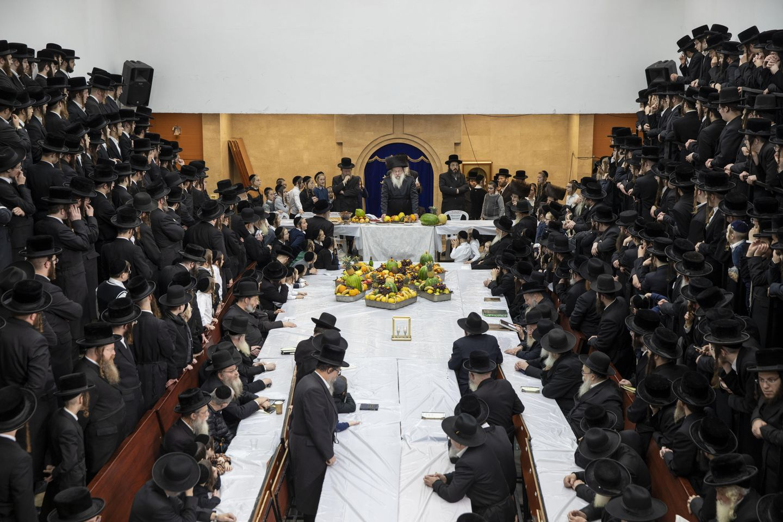 Amid rising infections, Israeli ultra-Orthodox defy lockdown