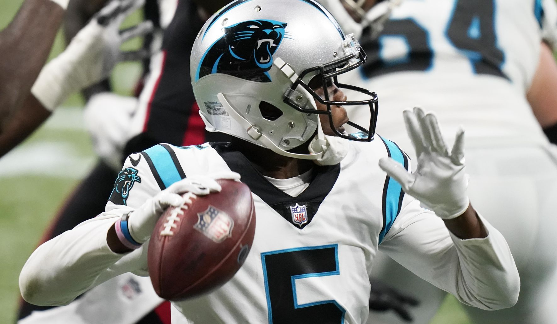 Panthers_falcons_football_54999_c0-196-4694-2932_s1770x1032