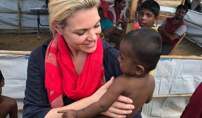 Heather Nauert with Rohingyan children at the Cox's Bazaar refugee camp, Bangladesh  )Photo courtesy  Heather Nauert)