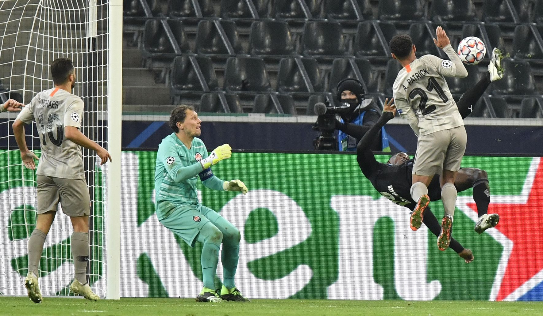 Germany_soccer_champions_league_84523_c0-233-5568-3479_s1770x1032