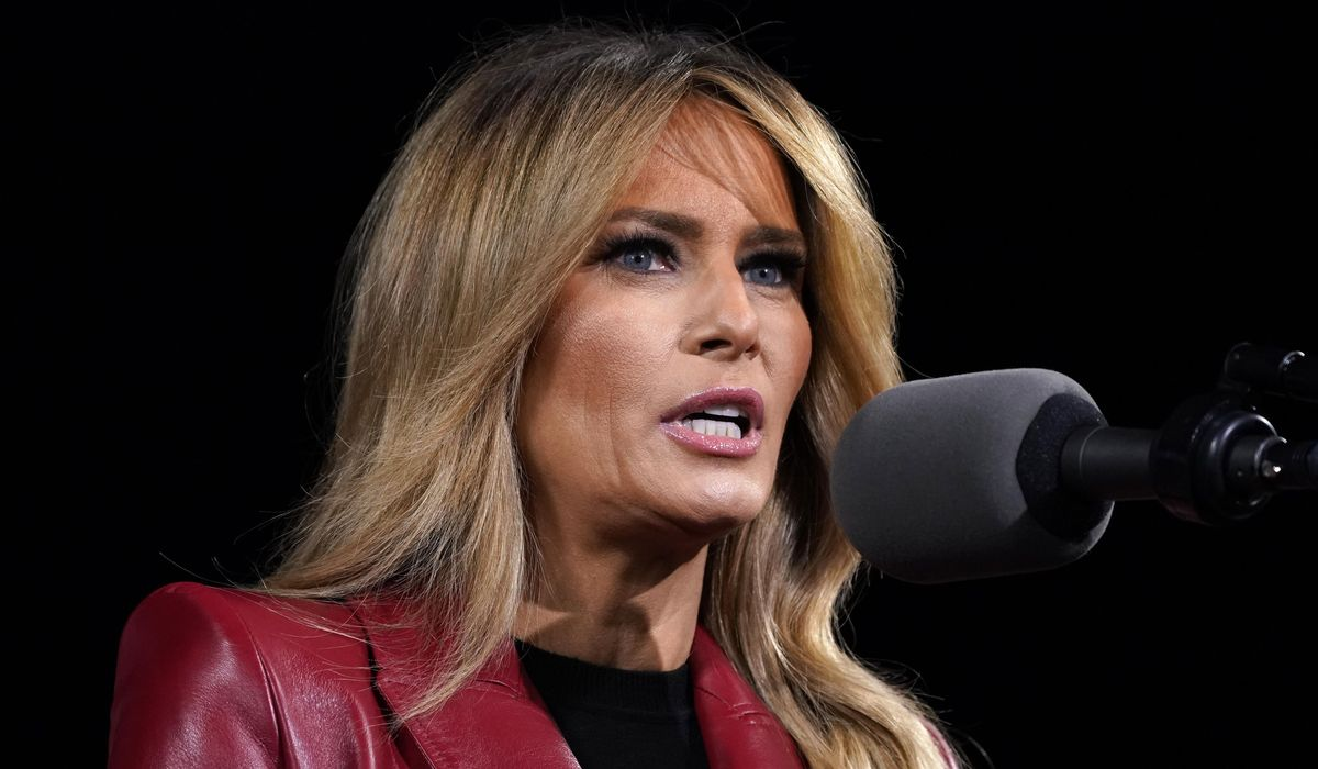 Melania Trump praises heroes, peace over violence in farewell message