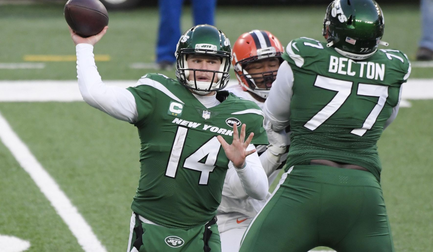 Browns_jets_football_43803_c0-118-2823-1763_s1770x1032
