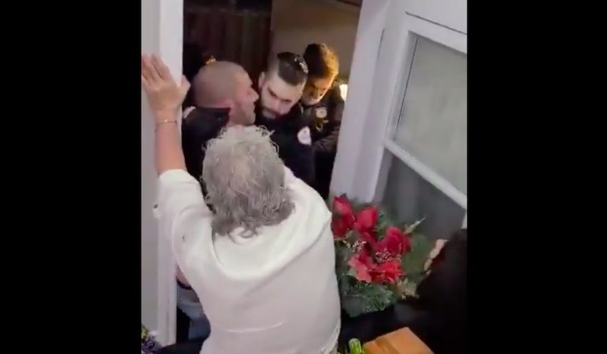 Police in Gatineau, Quebec, were seen breaking up a private family gathering for violating coronavirus-related restrictions in a video that has gone viral. (Screengrab via Twitter/@Nusakan007)
