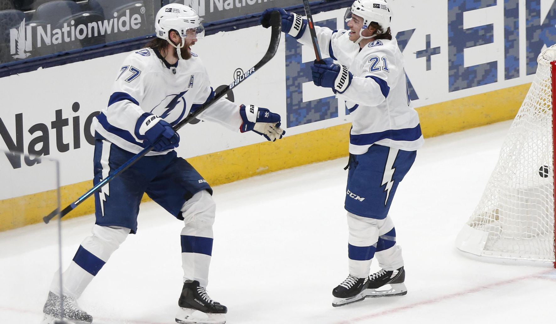 Lightning_blue_jackets_hockey_35921_c0-108-2569-1605_s1770x1032