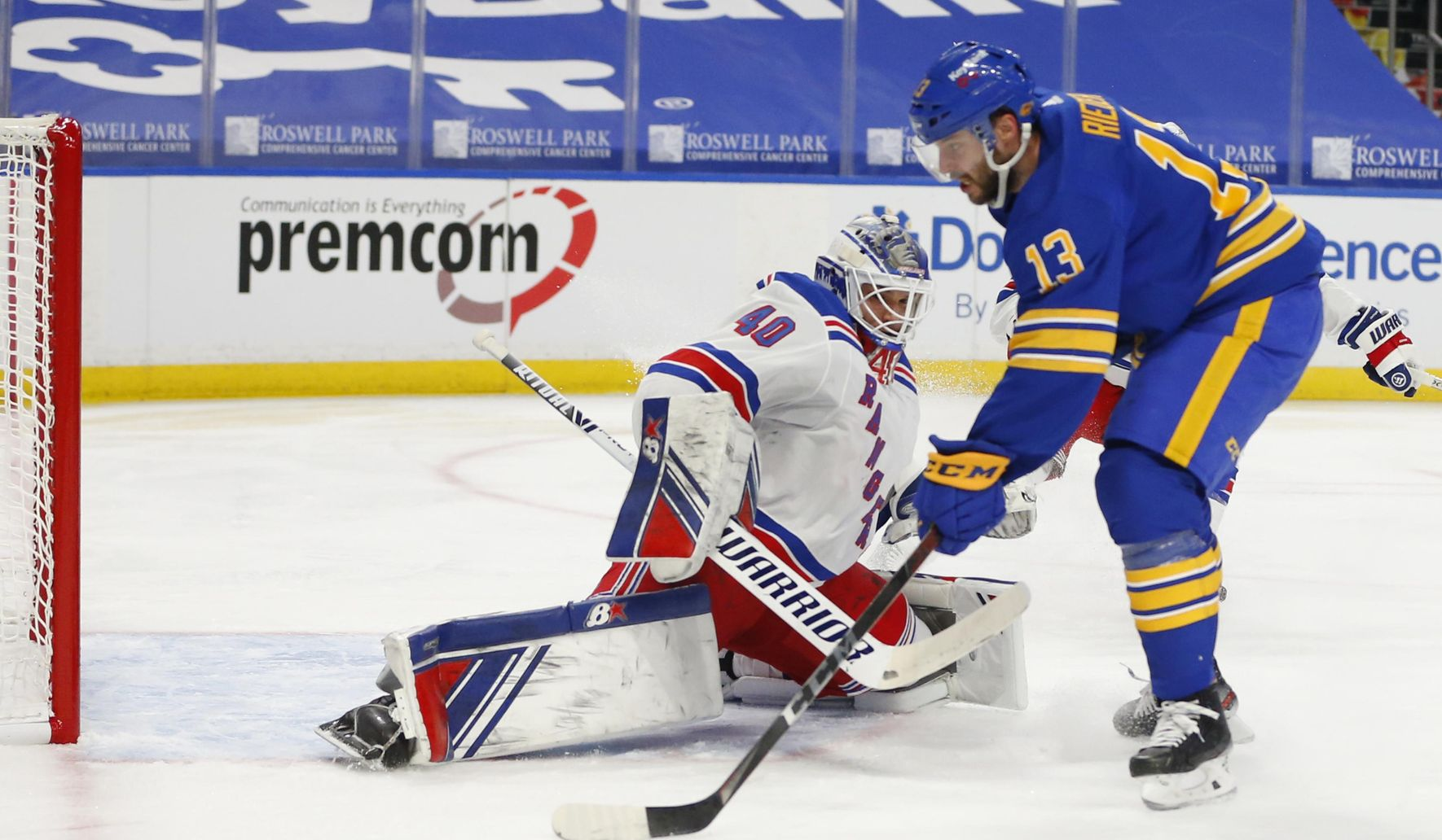 Rangers_sabres_hockey_06371_c0-151-3600-2249_s1770x1032