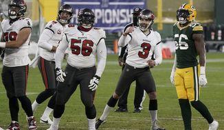 Tampa Bay Buccaneers kicker Ryan Succop (3) celebrates his 46-yard field goal against the Green Bay Packers during the second half of the NFC championship NFL football game in Green Bay, Wis., Sunday, Jan. 24, 2021. (AP Photo/Morry Gash)