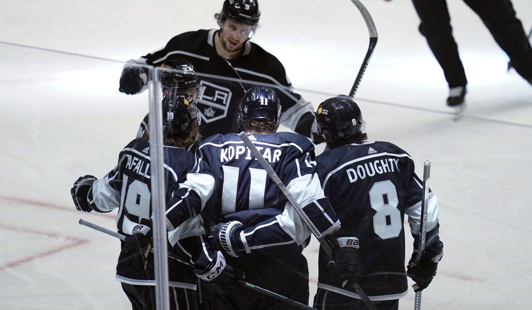 Sharks_kings_hockey_76710_c0-194-4636-2897_s1770x1032
