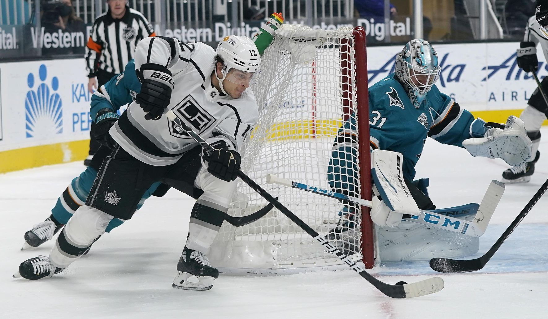Jones helps Sharks sweep series vs Kings with 4-2 win