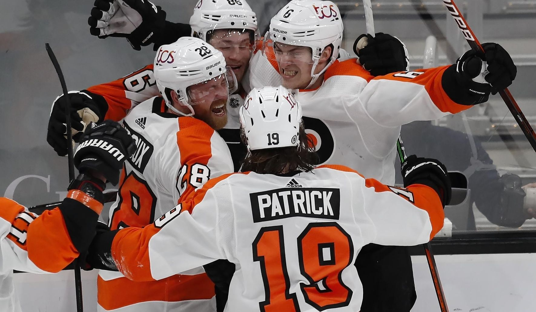 Sanheim scores in OT as Flyers beat Bruins 3-2