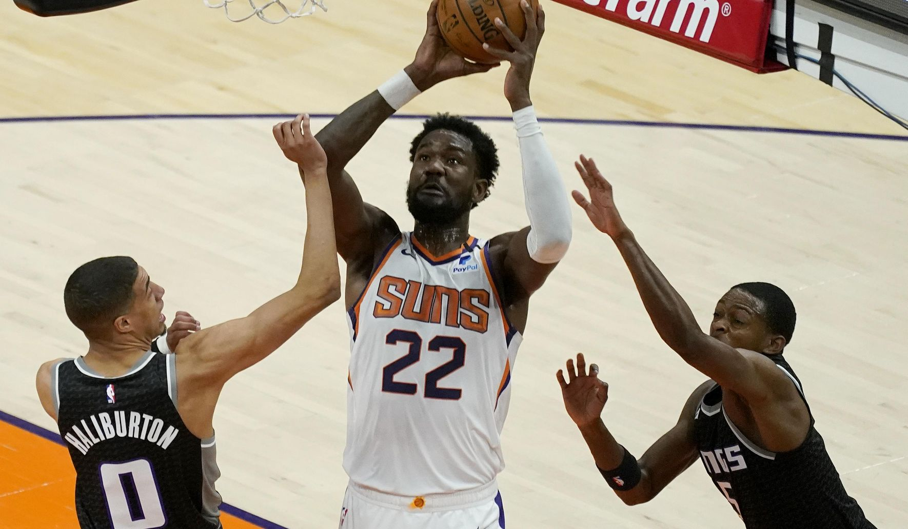 Kings_suns_basketball_05814_c0-144-3443-2151_s1770x1032