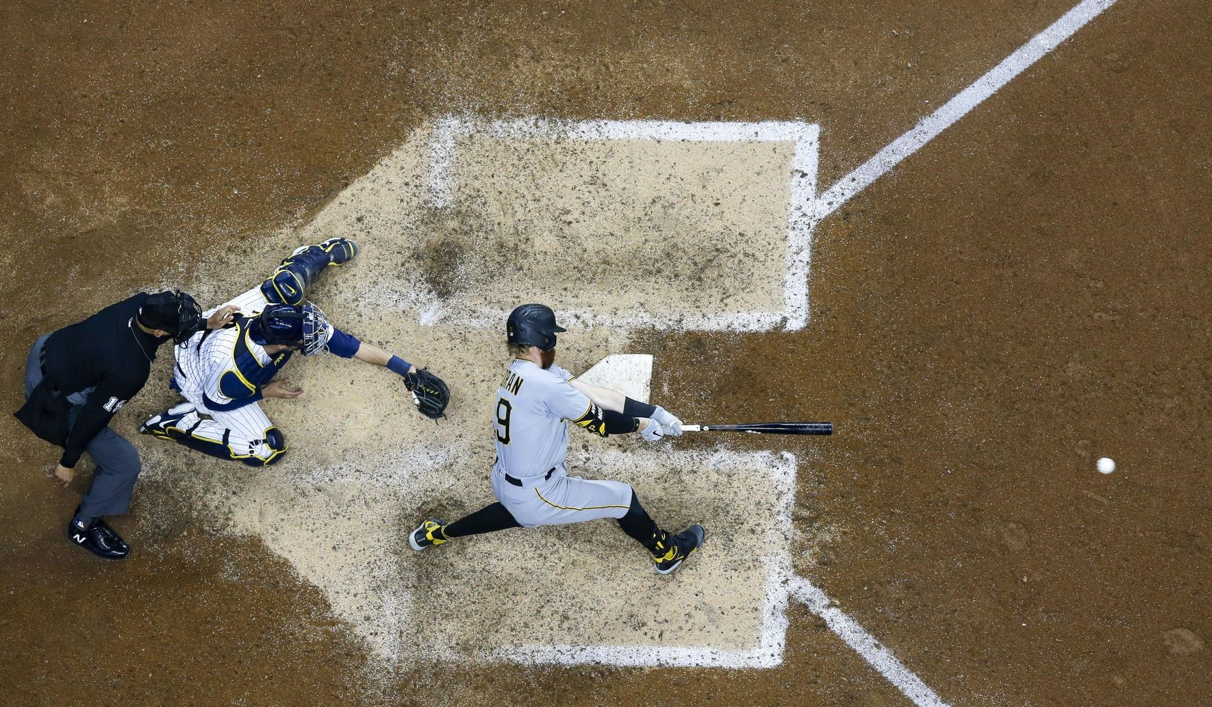 Pirates_brewers_baseball_16430_c0-169-4051-2530_s1770x1032