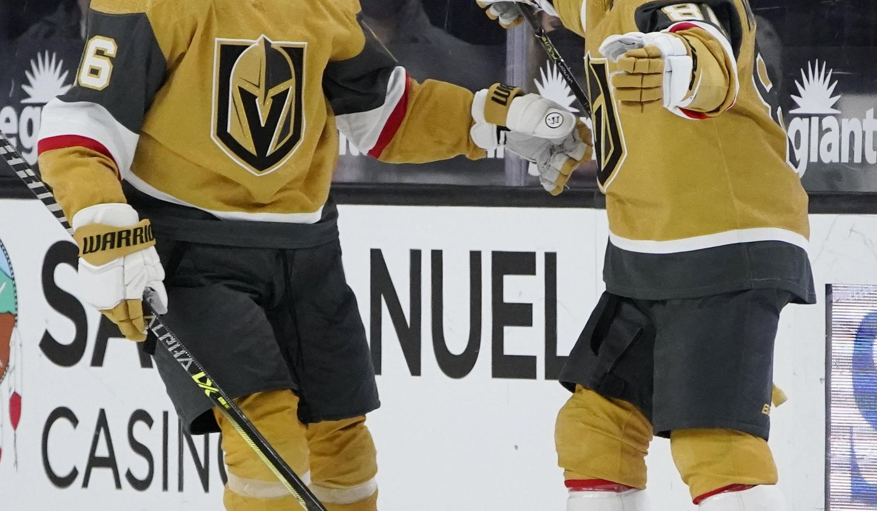 Vegas clinches playoff berth with 5-2 win over San Jose