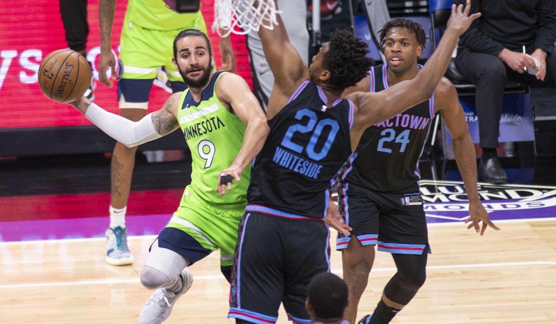 Timberwolves_kings_basketball_93019_c0-117-2446-1543_s1770x1032