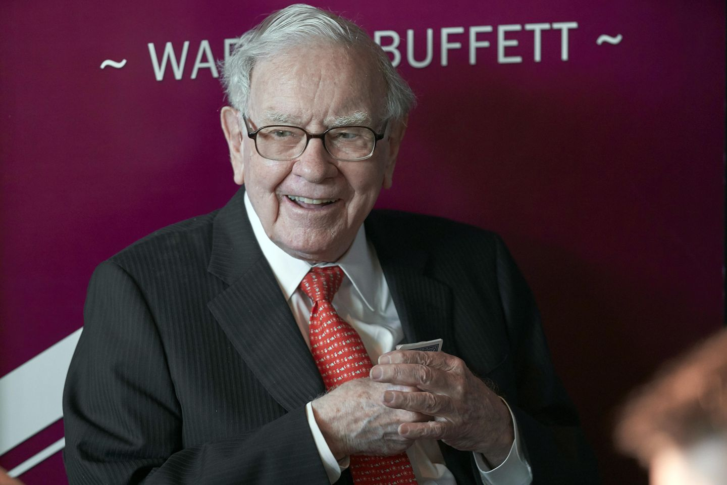 Report: Abel to succeed Buffett as Berkshire Hathaway CEO