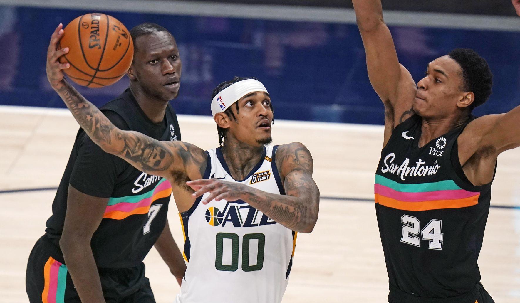 Spurs_jazz_basketball_38705_c0-226-5400-3374_s1770x1032