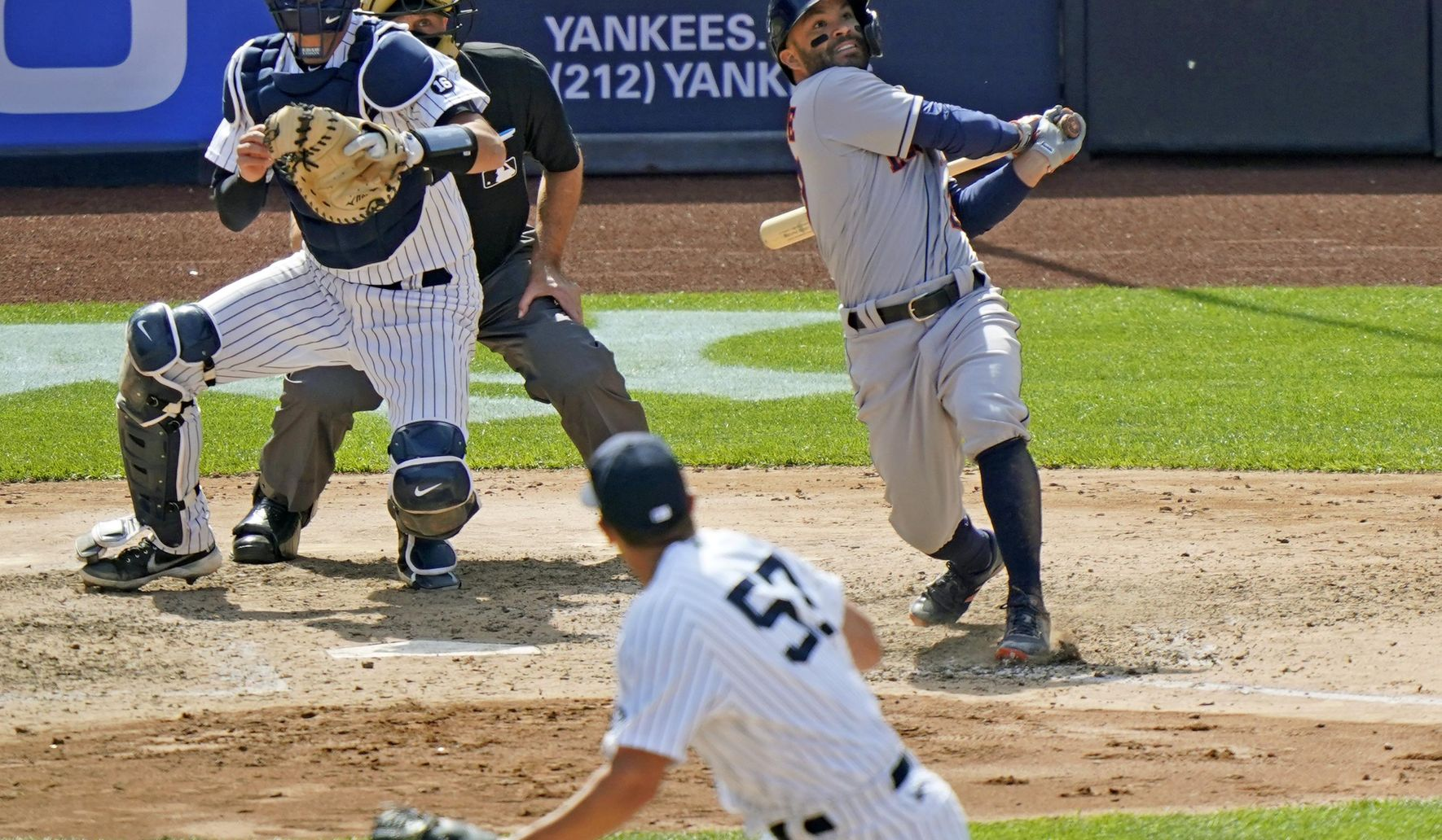 Astros_yankees_baseball_71473_c0-126-3017-1885_s1770x1032