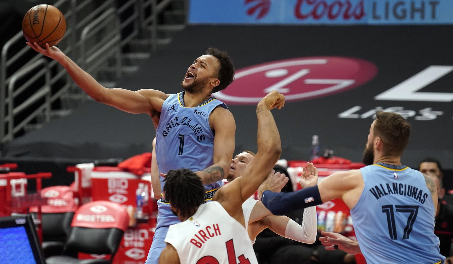 Grizzlies_raptors_basketball_15490_c0-175-4200-2623_s1770x1032