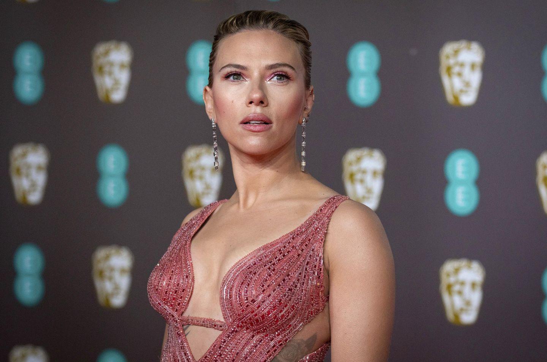 Scarlett Johansson sues Disney over 'Black Widow' release